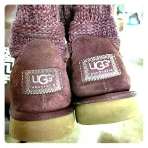 Ugg sweater boot size 8